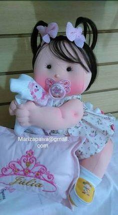 Resultado de imagem para molde bebe em tecido passo a passo articulado Doll Clothes Patterns, Doll Patterns, Crochet Patterns, Expecting Baby, Doll Hair, Soft Dolls, Doll Crafts, Soft Sculpture, Fabric Dolls