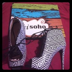 Spotted while shopping on Poshmark: HOST PICK Zigi Soho Peep Toe Heel FALL FAV! #poshmark #fashion #shopping #style #Zigi Soho #Shoes
