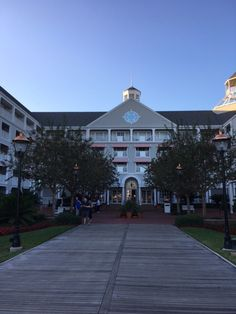 Review of the Yachtsman Steakhouse at Disney's Yacht Club Resort