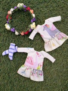 Vestido con corona de flores y calcetines para blythe doll - dress with flowers for blythe doll ropa de muñecas
