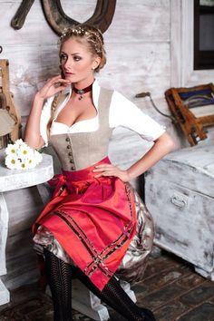 AlpenHerz Dirndl Kollektion Tradition 2016