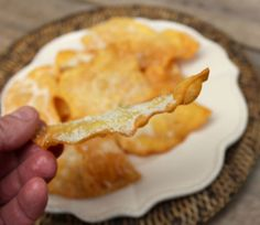 Receta de Hojuelas tradicionales de la Abuela - El Aderezo - Blog de Recetas de Cocina