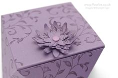 Stampin' Up! Demonstrator Pootles -Way Back Wednesday Faceted Box Tutorial Ooooo I have been waiting for an opportunity to reshare my star project from last year! Yes, it's the return of the Facet...
