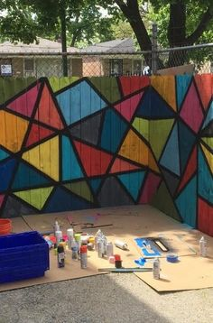 DIY Wall Mural at the Englewood, Chicago Outdoor Playground Revamp Outdoor Wall Paint, Outdoor Walls, Fence Art, Diy Fence, Fence Ideas, Art Mural, Wall Murals, School Murals, Metal Tree Wall Art