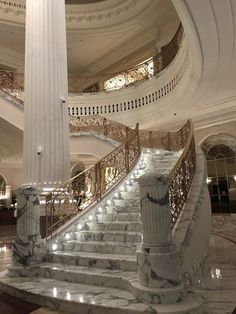 """And if the grand staircase could be carved out of a single chunk of marble, that would be great."" Marble House, Marble Foyer, Marble Stairs, Luxury Staircase, Grand Staircase, Marble Interior, Luxury Interior, Luxury Home Decor, Staircases"