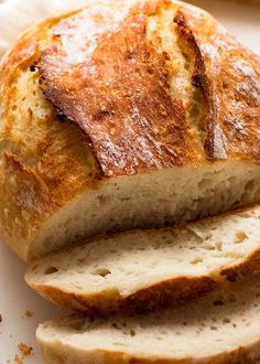 Close up of crispy crust of world's easiest yeast bread fresh out of the oven Artisan Bread Recipes, Yeast Bread Recipes, Cornbread Recipes, Jiffy Cornbread, Same Day Bread Recipe, Plain Bread Recipe, Fresh Yeast Recipe, Crusty White Bread Recipe, Side Dishes