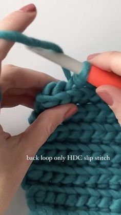 Slip Stitch Crochet, Easy Crochet Stitches, Crochet Stitches For Beginners, Crochet Videos, Crochet Basics, Crochet Blanket Patterns, Easy Knitting, Start Knitting, Crochet Braid