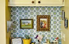 Crafty Corner #wallpaper #decortips