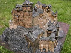 Scratchbuilt castle