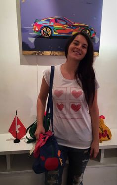 Alessandra indossa t-shirt limited edition Minna for LOVE!