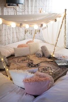 We rent out canopy tents for teens and adults in the Grand Rapids, MI area! can accommodate people. We come to you to set up and tear down. Birthday Sleepover Ideas, Sleepover Room, Slumber Parties, Slumber Party Decorations, Sleepover Crafts, Birthday Decorations At Home, Graduation Decorations, Room Ideas Bedroom, Girls Bedroom