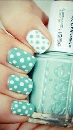 Essie nail art polka dots CUTE