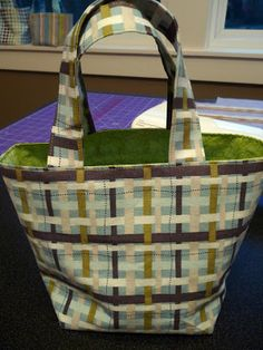 being erica: How to Sew a Box-Bottom Bag