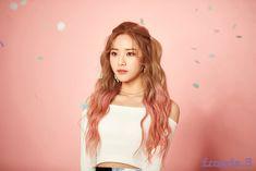 fromis_9 South Korean Girls, Korean Girl Groups, Kpop Aesthetic, Idol, Dreadlocks, Wonder Woman, Superhero, Female, Hair Styles