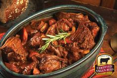 English Cut Pot Roast: Taste the difference. There's Angus. Then there's the Certified Angus Beef ® brand. Diced Beef Recipes, Healthy Beef Recipes, Pot Roast Recipes, Meat Recipes, Cooking Recipes, Recipies, Slow Cooker Beef, Slow Cooker Recipes, Crockpot Recipes