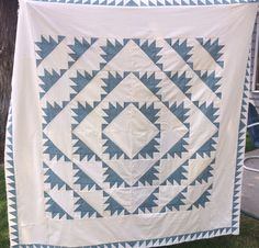 Humble Quilts: Delectable Mountains- Classic and Vintage