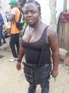 It's Busayolayemi's Blog.. : Photo Of The Morning: Is This Person A Male Or Fem...