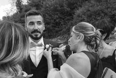 A amazing Boho Chich style wedding that we present in this article. This romantic married couple has chosen a warm day of early September to celebrate their big day. Button Holes Wedding, Buttonholes, Big Day, Villa, Romantic, Italy, Traditional, Boho, Couple Photos