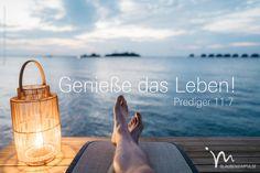 """""""Wie schön ist es, am Leben zu sein und das Licht der Sonne zu sehen!"""" Prediger 11:7 #prediger #prediger11 #gott #welt #sonne #schön #schoen #schönheit #schoenheit #zusage #leben #zuspruch #glaube #glaubensimpulse #bibel #bibelvers"""