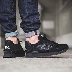 asics gel atlantis all black