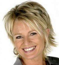 Coupe de cheveux sophie davant Shaggy Short Hair, Short Shag Hairstyles, Short Sassy Hair, Short Hair With Layers, Haircuts For Long Hair, Layered Hair, Hairstyles Haircuts, Short Hair Cuts, Beach Hairstyles