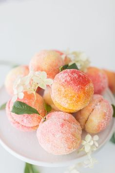 Sweet and beautiful Italian peach cookies Italian Peach Cookies Recipe, Italian Cookie Recipes, Italian Cookies, Italian Desserts, Cookie Desserts, Holiday Desserts, Dessert Recipes, Cookie Table, Pumpkin Dessert