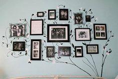 """Você já se pegou olhando para a sua parede e pensando""""coloco um quadro novo, uma pinturaouum objeto de decoração""""? As vezes soluções simples, como porta retratos, conseguem criaruma parede bem ..."""
