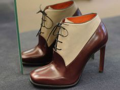 Santoni  A/I 2013-14- Inspiration 1920s Gatsby and Jazz: classic men shoes into women glamour.