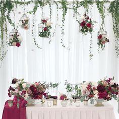 Садовые мотивы на свадьбе Юли и Леши. Клетки, увитые цветами, спелые ягоды и ароматные цветы❤️