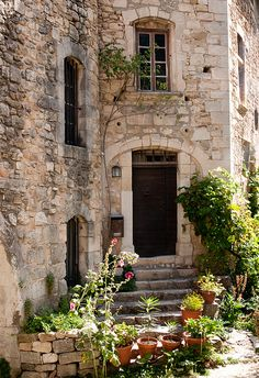 ♔ Oppède Le Vieux ~ Vaucluse ~ Luberon ~ Provence ~ France ~ by Loïc Brohard