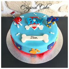 Gâteau Pat Patrouille Paw Patrol Cupcakes, Paw Patrol Birthday Cake, Paw Patrol Cake, Cupcake Frosting, Cupcake Cakes, Fondant, Different Cakes, Amazing Cakes, Baking Recipes