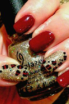 Red. Gold Nail Art ❤