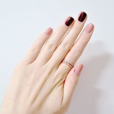 Pretty pink and red monochromatic nails