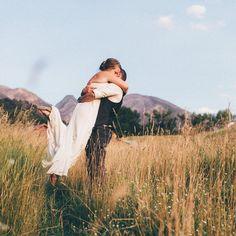Kacie Q (@kacieqphoto) • Bride and groom. Paradise Valley, Montana. Wedding. Kacie Q Photography