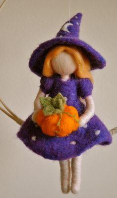 Halloween Decoration Waldorf inspired needle felted : Witch with pumpkin and star (made to order) Felt Fairy, Fairy Dolls, Handmade Felt, Wet Felting, Felt Dolls, Soft Sculpture, Felt Ornaments, Needle Felting Tutorials, Felt Crafts