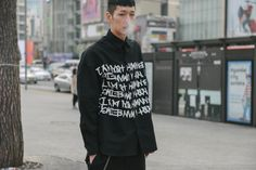 Seoul Fashion Week Fall 2016 Street Style, Day 2 - -Wmag