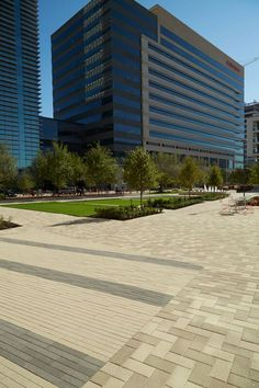 State Farm Regional Office 2016 HNA Awards Honorable Mention - Concrete Paver - Commercial (size more than 15,000 sf)
