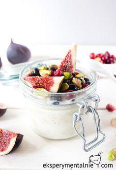 Owsianka z figami i pistacjami na śniadanie na słodko - Overnight Oats with Figs and Pistachios