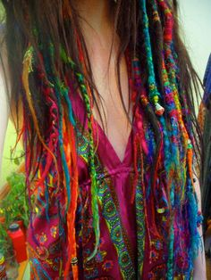 from http://fairybunny.tumblr.com/    love the colors & wild elfchild hair.