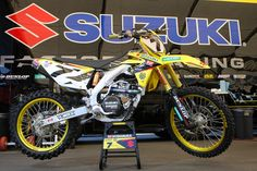 Suzuki RM-Z 450 Team Yoshimura Suzuki James Stewart Supercross 2013