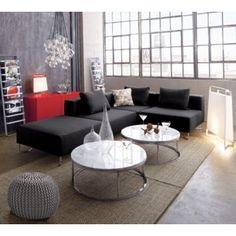 total modern room. adore! (also, that pouf is amazing.)