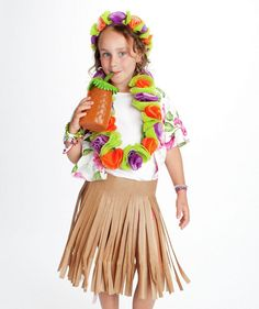 DIY Halloween Costume - Hula Girl (click through to see how to make it)