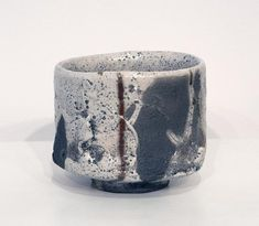 Akira Satake : From Japan click the image or link for more info. Ceramic Decor, Ceramic Pottery, Ceramic Art, Make Your Own Pottery, Chawan, Color Glaze, Japanese Ceramics, Decorative Tile, Tea Bowls
