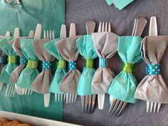 pliage de serviette en papier et idée en forme de papillon