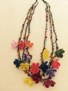 Diy Necklace Bracelet, Crochet Bracelet, Crochet Earrings, Bead Crafts, Jewelry Crafts, Diy Crafts Knitting, Beaded Jewelry, Handmade Jewelry, Crochet Dog Patterns