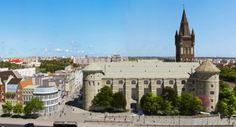 Замок Кёнигсберг (Королевский замок) — виртуальная экскурсия по Королевской горе Mansions, House Styles, Home, Manor Houses, Villas, Ad Home, Mansion, Homes, Palaces
