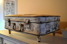 suitcase - my shabby white home: Kufor na spomienky