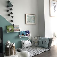 décoration chambre enfant montre moi ta chambre eden triangle vert vertbaudet b. Baby Bedroom, Baby Room Decor, Girls Bedroom, Childs Bedroom, Kid Bedrooms, Girl Rooms, Kids Room Design, Kids Decor, Home Decor