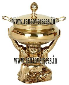 BRASS CHAFING DISH hotels, caterers, banquet halls, parties and functions and other eating outlets. Brass Chafing Dishes are also ideal gift items. An extensive range of our Brass Chafing Dishes includes superior quality Decorative Brass Chafing Dishes that are fabricated from supreme quality metals.  Applications :- Hotels , Restaurants, Caterers, Inns, Parties, Banquet Halls, Eating Outlets