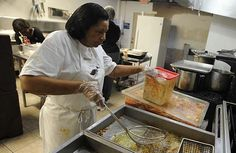 """BizBeat: New soul food restaurant offers """"country cooking"""" 